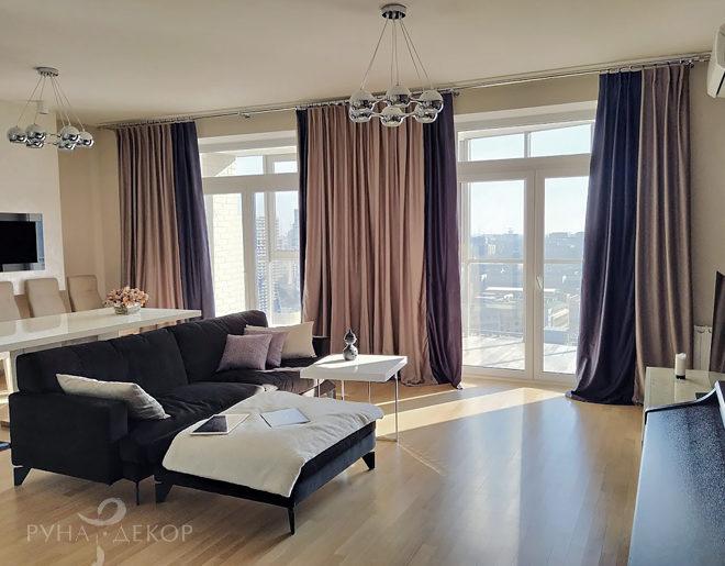 Шторы для гостиной в апартаментах с видом на Москва-Сити