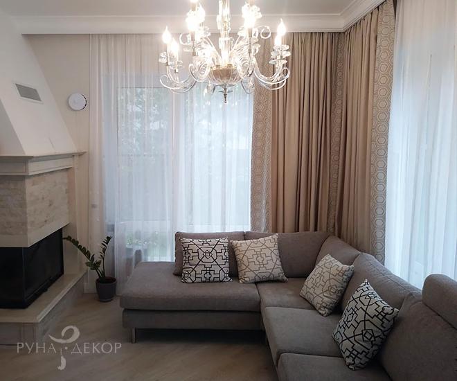 Текстильный декор гостиной 03